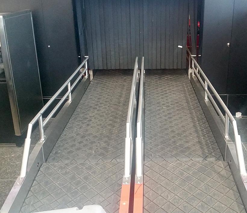Gardes pour convoyeur à valise